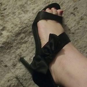 Lulu Townsend black satin bow heels